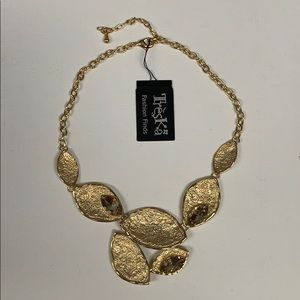 NWT Treska Statement Necklace